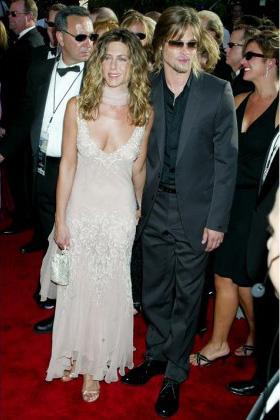 Jennifer Aniston Wedding Gown
